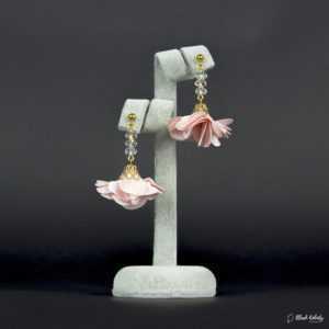 Kolczyki Kryształowa Panienka z Kolekcji Golden Lady - pudrowy (jasny) różowy